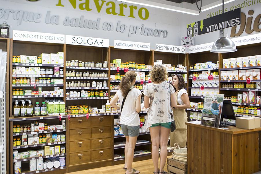 Autocuídate de forma natural en la tienda de Herbolario Navarro