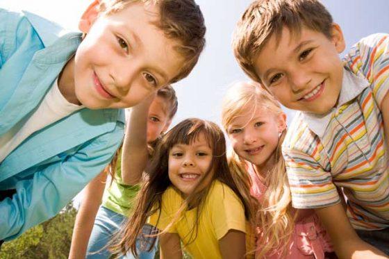Niños Felices Sin Piojos