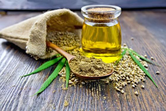 Las semillas de cáñamo son un superalimento perfecto para introducir en tu dieta